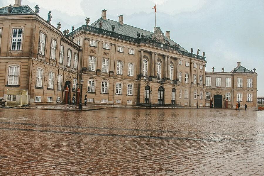 Palazzo di Amalienborg | Cosa vedere a Copenaghen in un giorno