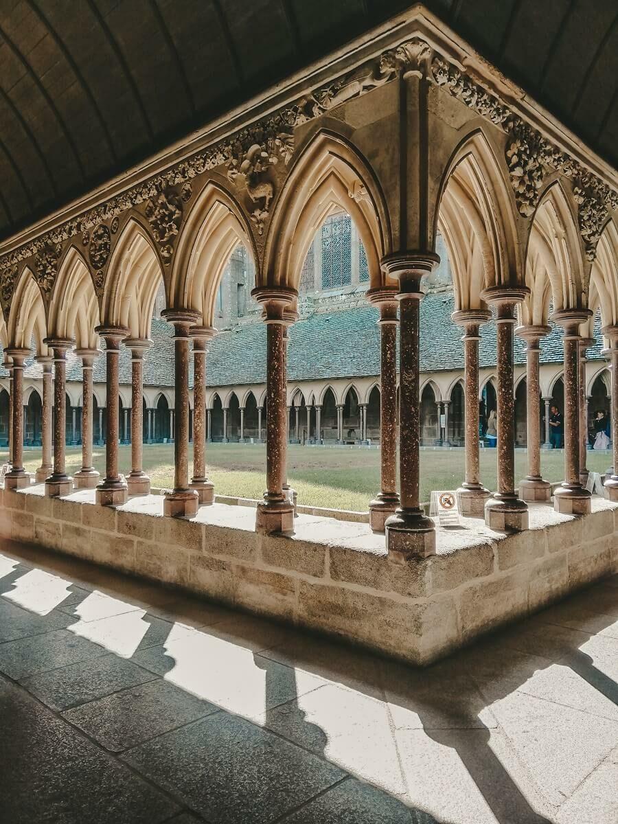 Chiostro Mont Saint Michel