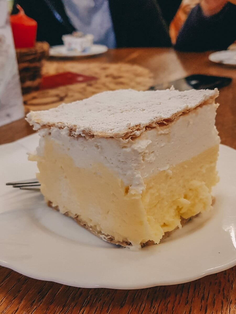 kremna rezina o torta di Bled - dolce tipo slovenia